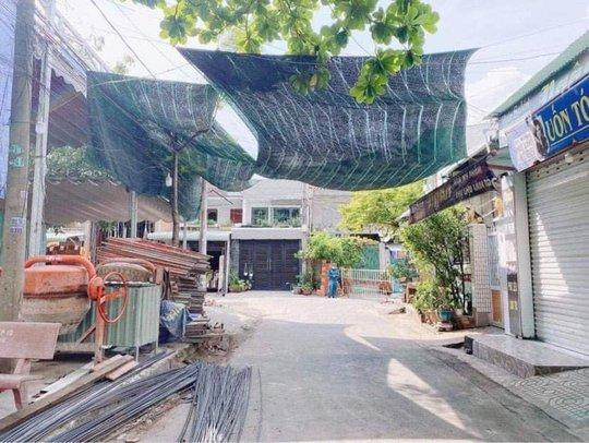 Đồng Nai phong tỏa chợ ở Long Bình Tân bên cạnh siêu thị Big C - Ảnh 2.