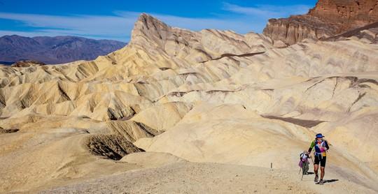 Thung lũng Chết sắp phá kỷ lục thiêu đốt 56,7 độ C - Ảnh 2.
