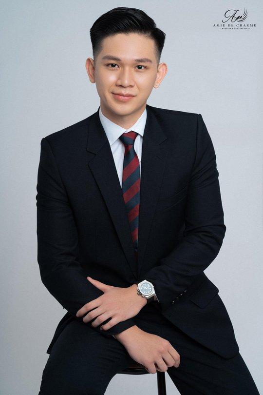 Suit doanh nhân - kiến tạo vẻ đẹp thành đạt và sang trọng - Ảnh 1.