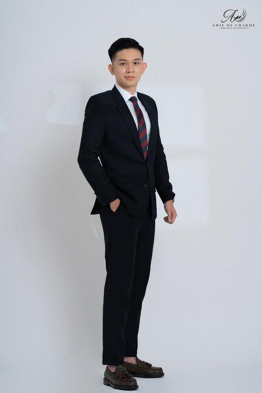 Suit doanh nhân - kiến tạo vẻ đẹp thành đạt và sang trọng - Ảnh 3.