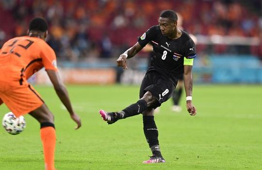 Denzel Dumfries lại lập công, Hà Lan giành vé sớm vòng 1/8 Euro 2020 - Ảnh 5.
