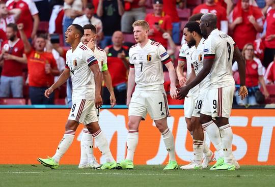 11/16 anh hào giành quyền vào vòng 1/8 Euro 2020: Họ là ai? - Ảnh 2.