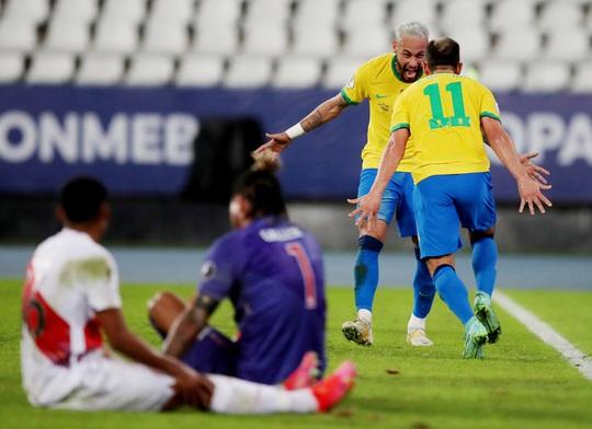 Neymar nhảy samba, Brazil đè bẹp á quân Copa America - Ảnh 6.