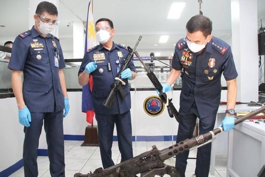 Cựu thị trưởng Philippines thiệt mạng vì giật súng cảnh sát khi bị bắt - Ảnh 1.