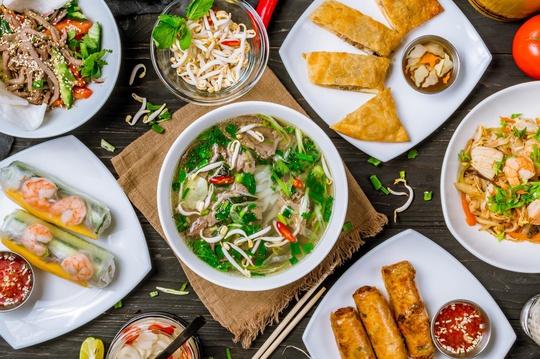 Báo Tây chọn Việt Nam là điểm đến ẩm thực tốt nhất - Ảnh 3.