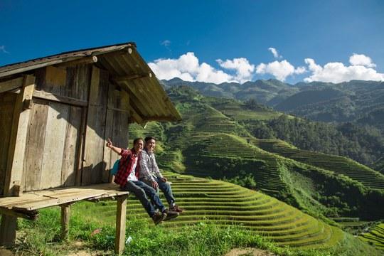 Đôi bạn đồng hành hơn 100 chuyến du lịch suốt 7 năm - Ảnh 1.