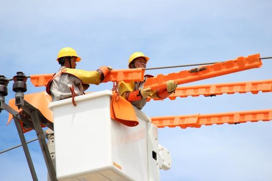 EVNCPC: Đảm bảo cung cấp điện trong các ngày nắng nóng gay gắt - Ảnh 3.