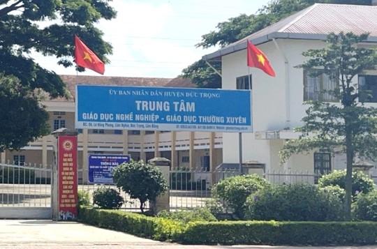 Bắt giám đốc Trung tâm Giáo dục nghề huyện Đức Trọng - Lâm Đồng - Ảnh 2.