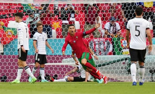 Ronaldo bất lực nhìn Đức ngược dòng thắng đậm Bồ Đào Nha - Ảnh 1.