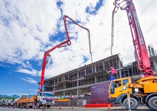 Mỗi tháng, Đất Xanh Miền Trung cất nóc 1 dự án nhà ở hạng sang - Ảnh 2.