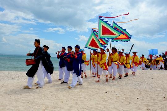 Lễ hội Yến sào Khánh Hòa - Lễ hội của người dân xứ trầm hương - Ảnh 1.