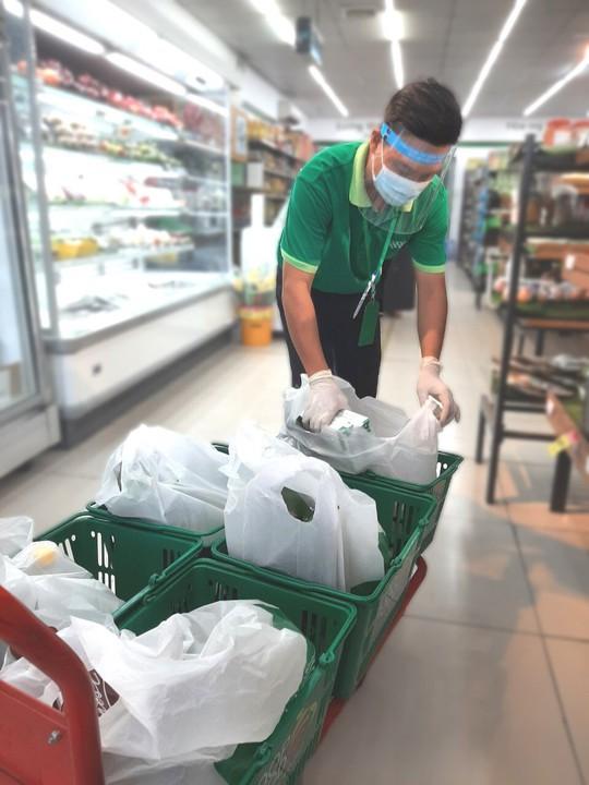 Lượng hàng đặt qua điện thoại, app của Co.op Food tăng mạnh - Ảnh 1.