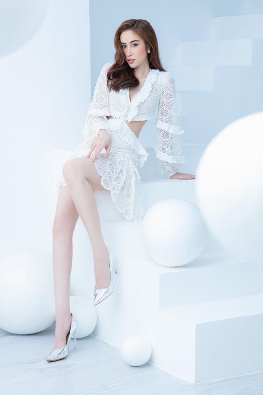 Hoa hậu Phan Ngọc Hân hé lộ bí quyết ở nhà vẫn đẹp - Ảnh 7.