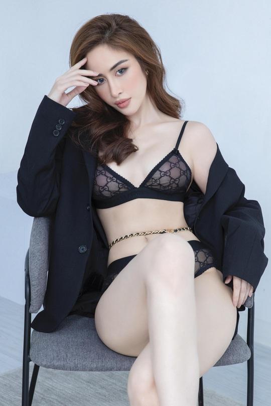 Hoa hậu Phan Ngọc Hân hé lộ bí quyết ở nhà vẫn đẹp - Ảnh 1.