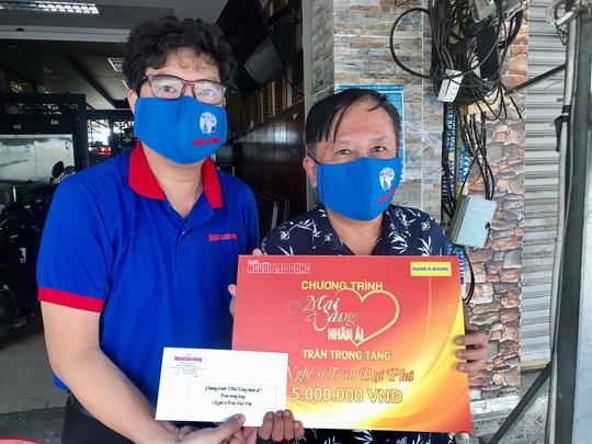 Mai Vàng nhân ái thăm nghệ sĩ hát bội Mỹ Kim và nhà báo Trần Đại Phú - Ảnh 1.