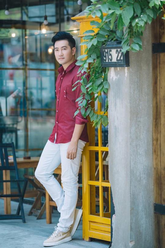 Nguyễn Phi Hùng hóa thân người cha trong dịch bệnh Covid -19 - Ảnh 2.