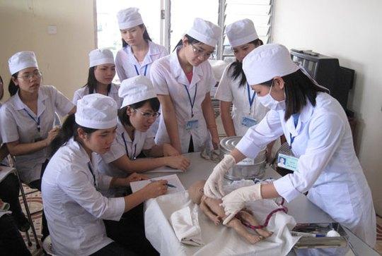 Lương cao đang chờ 200 ứng viên điều dưỡng tại CHLB Đức - Ảnh 1.