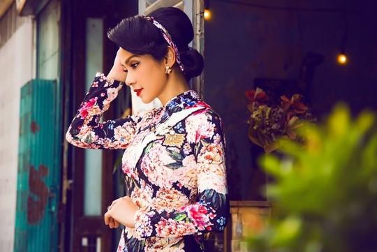 Việt Trinh, Diễm My 9X thi nhau tung ảnh đẹp, nhận mưa lời khen - Ảnh 3.
