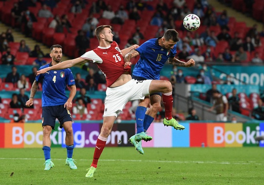 Tuyển Ý vào tứ kết Euro 2020 nhờ hai siêu phẩm bàn thắng - Ảnh 3.