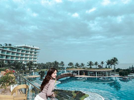 Trải nghiệm mùa hè mát lịm giữa thiên đường nước hơn 150 bể bơi tại FLC Sầm Sơn - Ảnh 2.