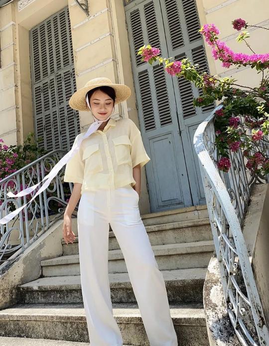 Kiểu áo sơ mi đang phủ sóng các shop thời trang Việt - Ảnh 5.