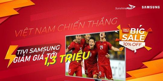 Sunshine Mall hòa nhịp cùng tuyển Việt Nam, đồng loạt giảm giá cực sốc Tivi Samsung - Ảnh 1.