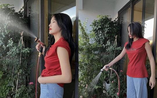 Giãn cách xã hội, mỹ nhân Việt biến nhà thành sàn diễn thời trang - Ảnh 7.