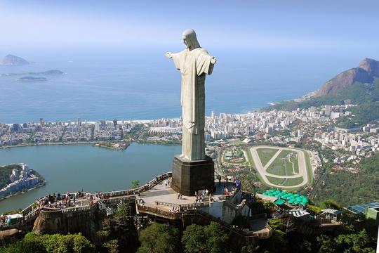 Khám phá 10 bức tượng ngoạn mục trên thế giới - Ảnh 8.