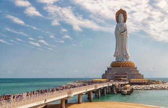 Khám phá 10 bức tượng ngoạn mục trên thế giới - Ảnh 5.