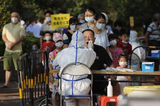 Trung Quốc: Quảng Châu xét nghiệm Covid-19 tới 18 triệu người trong 3 ngày - Ảnh 1.