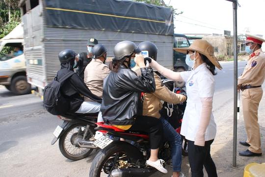 Lâm Đồng phát hiện trường hợp F1 tráo người cách ly tập trung - Ảnh 2.