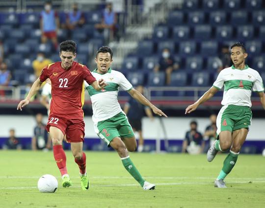 HLV Indonesia đổ thừa trọng tài sau trận thua thảm bại tuyển Việt Nam - Ảnh 4.