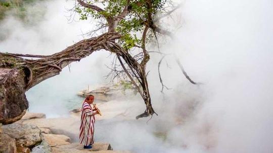 Dòng sông nước sôi 97 độ C trong rừng mưa Amazon - Ảnh 3.