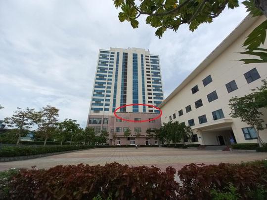 Trưởng phòng điện lực rơi từ tầng 17 khách sạn Mường Thanh Quảng Nam - Ảnh 2.