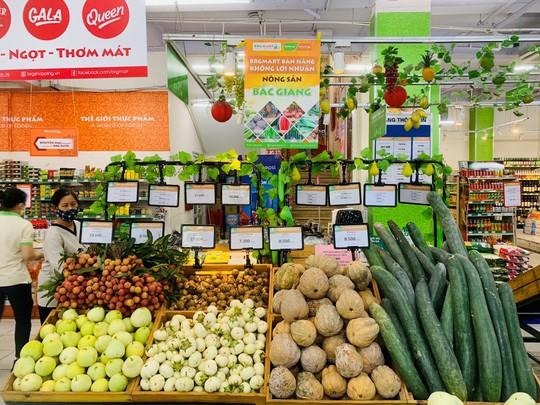 BRGMart bán hàng không lợi nhuận để hỗ trợ tiêu thụ nông sản Bắc Giang - Ảnh 1.