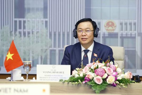 Chủ tịch QH: Không có vắc-xin, nhiều quốc gia sẽ lỡ nhịp với kinh tế thế giới - Ảnh 2.