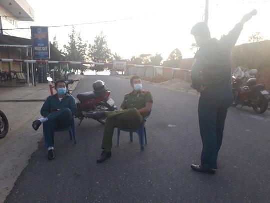 Quảng Nam: Một người có hành trình từ TP HCM, Hà Nội nghi mắc Covid-19 - Ảnh 1.