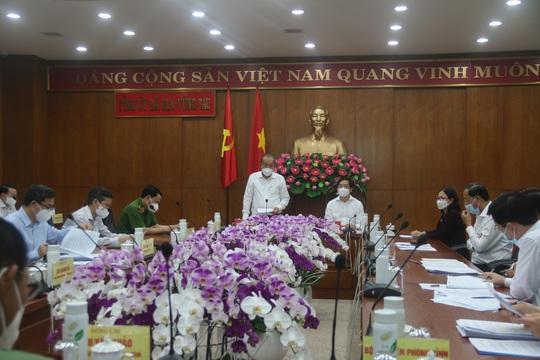 Phó Thủ tướng Thường trực Trương Hòa Bình: Bà Rịa - Vũng Tàu cần có biện pháp phòng dịch cho công nhân - Ảnh 1.
