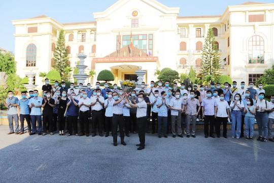 59 y, bác sĩ Thanh Hóa lên đường hỗ trợ TP HCM chống dịch Covid-19 - Ảnh 1.