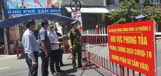 Toàn TP Tuy Hòa áp dụng giãn cách xã hội  - Ảnh 2.