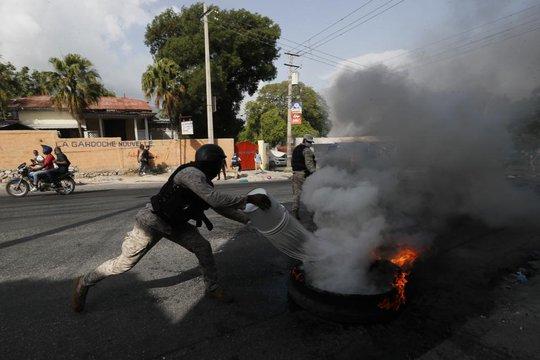 Vụ ám sát tổng thống Haiti: Truy tìm 3 nghi phạm nguy hiểm - Ảnh 2.