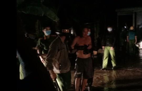 Không mang khẩu trang phòng dịch còn chém công an viên bị thương - Ảnh 3.