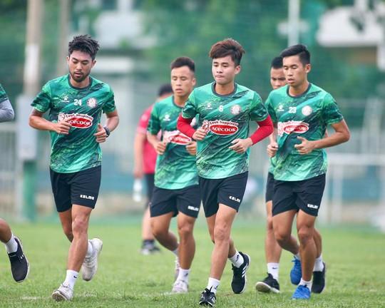 VPF sẽ bị kiện nếu hoãn V-League đến 2022? - Ảnh 1.