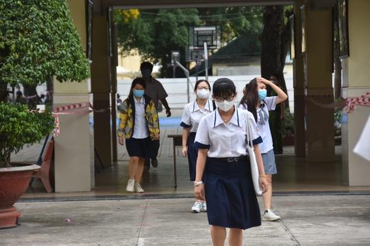 TP HCM: Trường học có mức an toàn trung bình vẫn được mở cửa? - Ảnh 1.