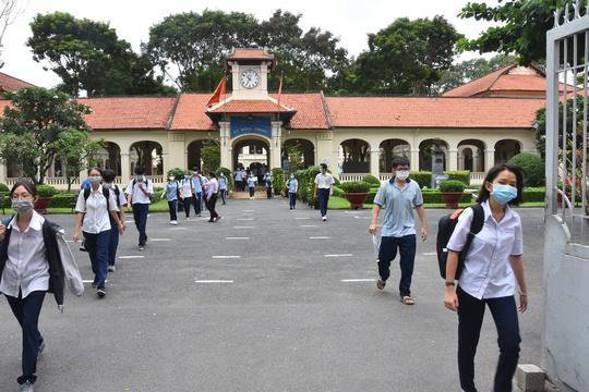 NÓNG: TP HCM không tổ chức thi tốt nghiệp THPT đợt 2 - Ảnh 1.