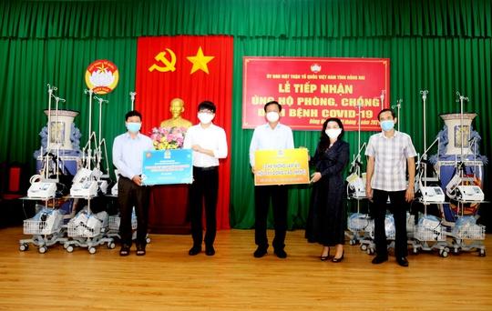 Tập đoàn Kim Oanh tặng 30 máy thở cho các bệnh viện tại TP HCM, Đồng Nai và Bình Dương - Ảnh 2.