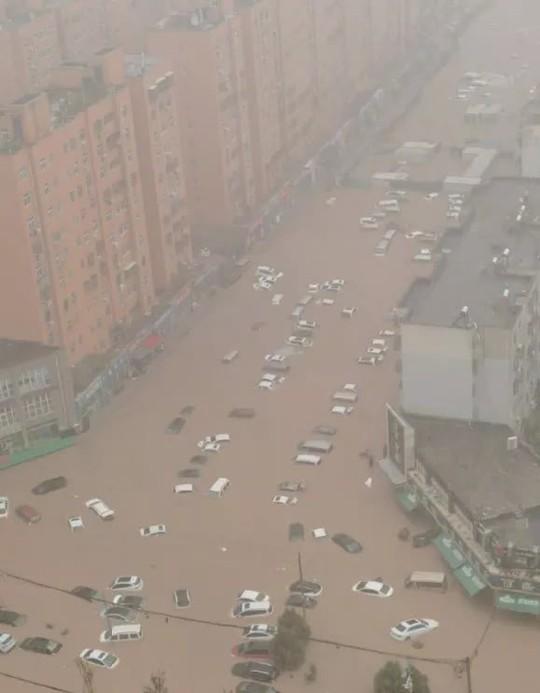 Trung Quốc dự báo đúng mưa lũ nhưng... sai thời gian và địa điểm - Ảnh 2.