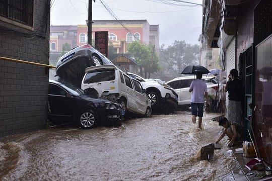 Trung Quốc dự báo đúng mưa lũ nhưng... sai thời gian và địa điểm - Ảnh 4.