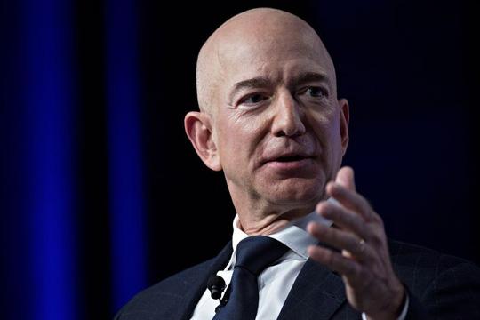 Tài sản của Jeff Bezos đạt kỷ lục 211 tỷ USD - Ảnh 1.