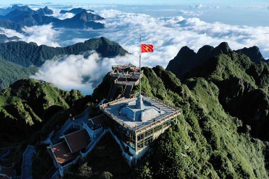 Những công trình du lịch Việt Nam khiến thế giới thán phục - Ảnh 5.